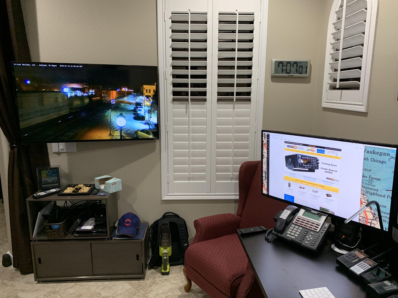 N9JIG Radio Desk with SDS200 & SDS100 | RadioReference com